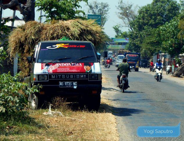 mobil pengangkut hasil panen Ponorogo